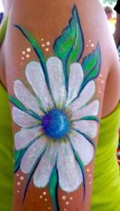 Daisey body paint